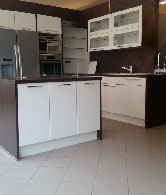 vorstellung safak k chen mannheim safak k chen. Black Bedroom Furniture Sets. Home Design Ideas